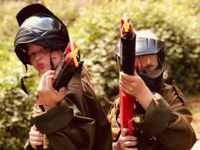 enfant paintball larissa